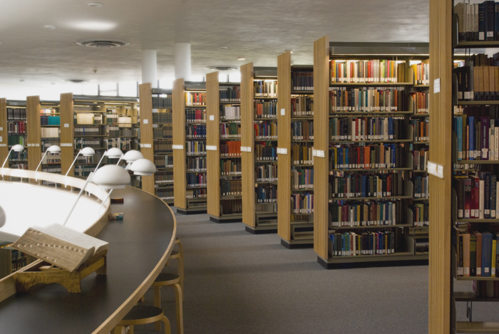 Library-stacks-700px